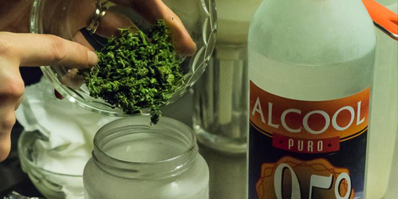 THC Liquid selbst machen mit Alkohol