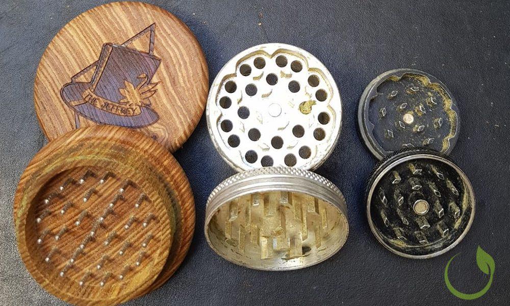Holz, Stahl und Aluminium Grinder reinigen